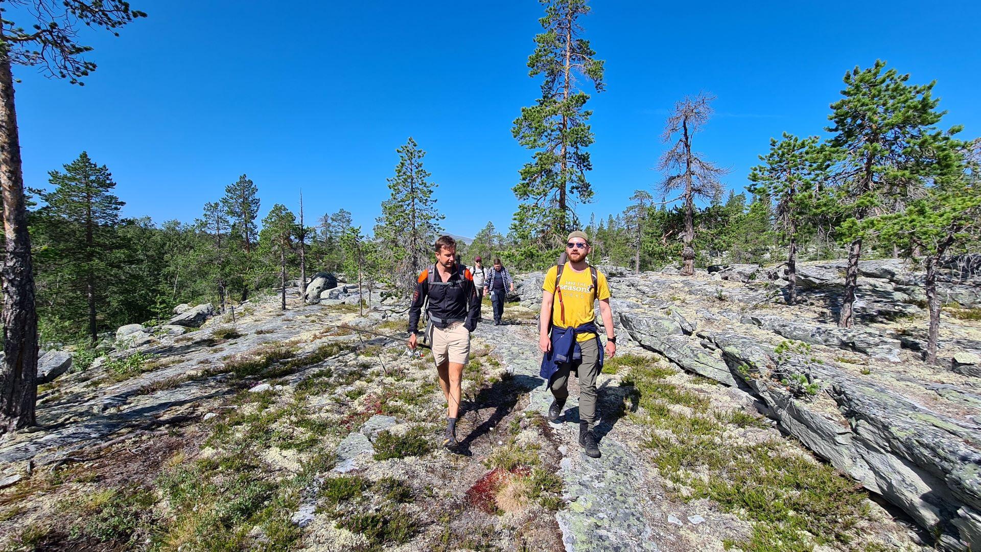 Statsråden og fjelloppsyn Tore Stengrundet. Foto: Sindre Valan
